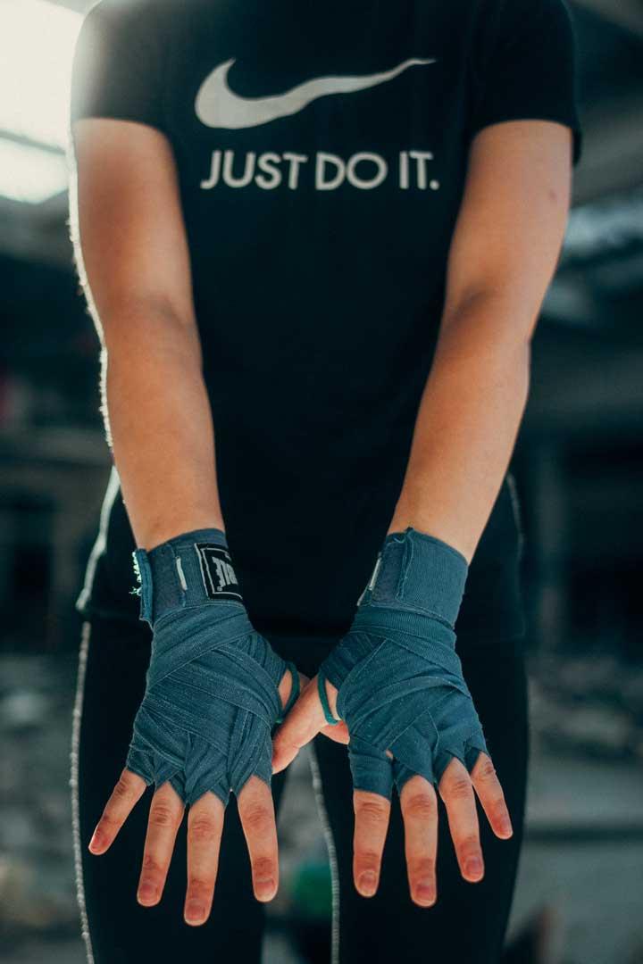 Juliane-Boxing-handschlaufen